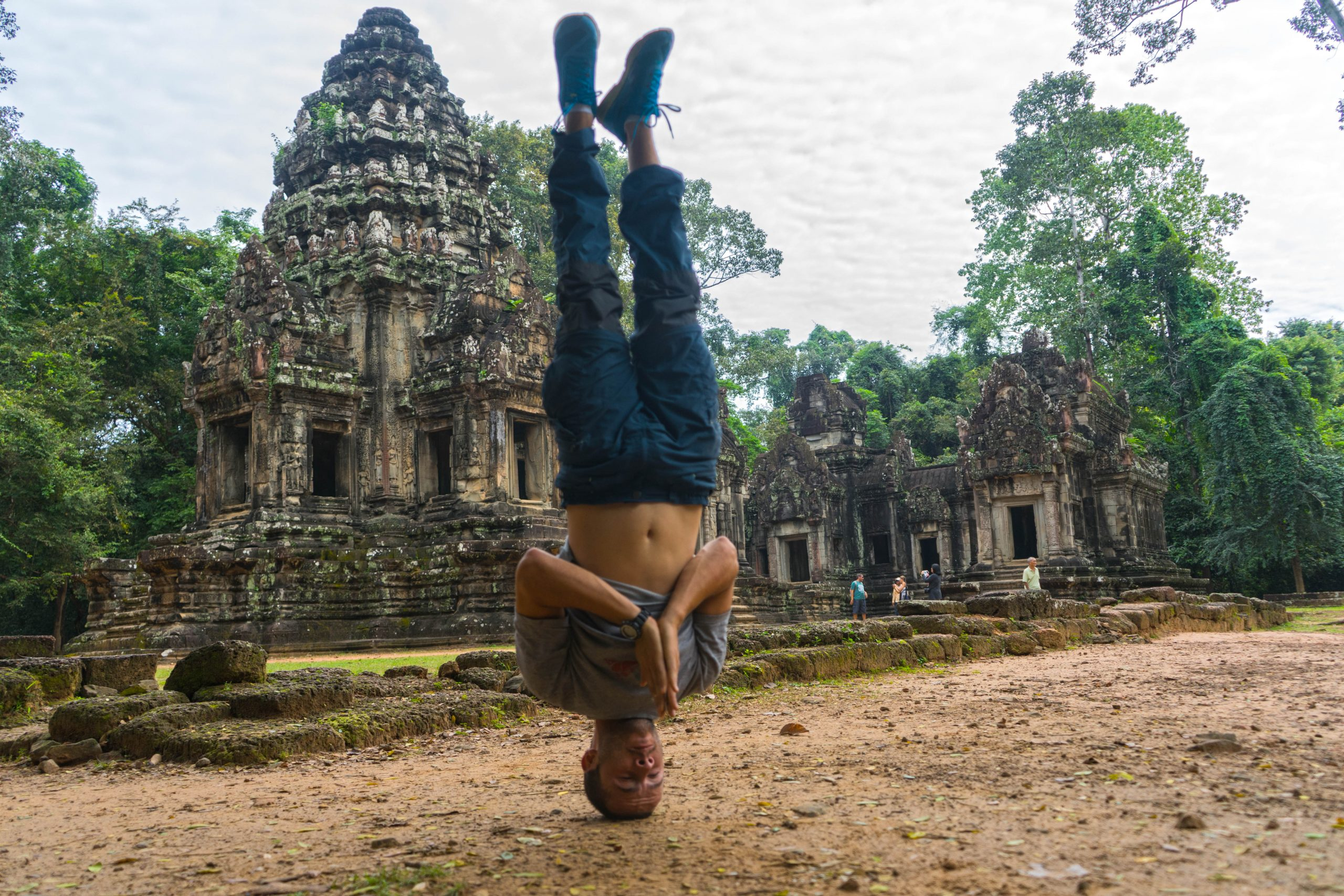 Airbnb – Free English School for Kids in One. The ancient Angkor Wat and how to be safe in Phnom Penh